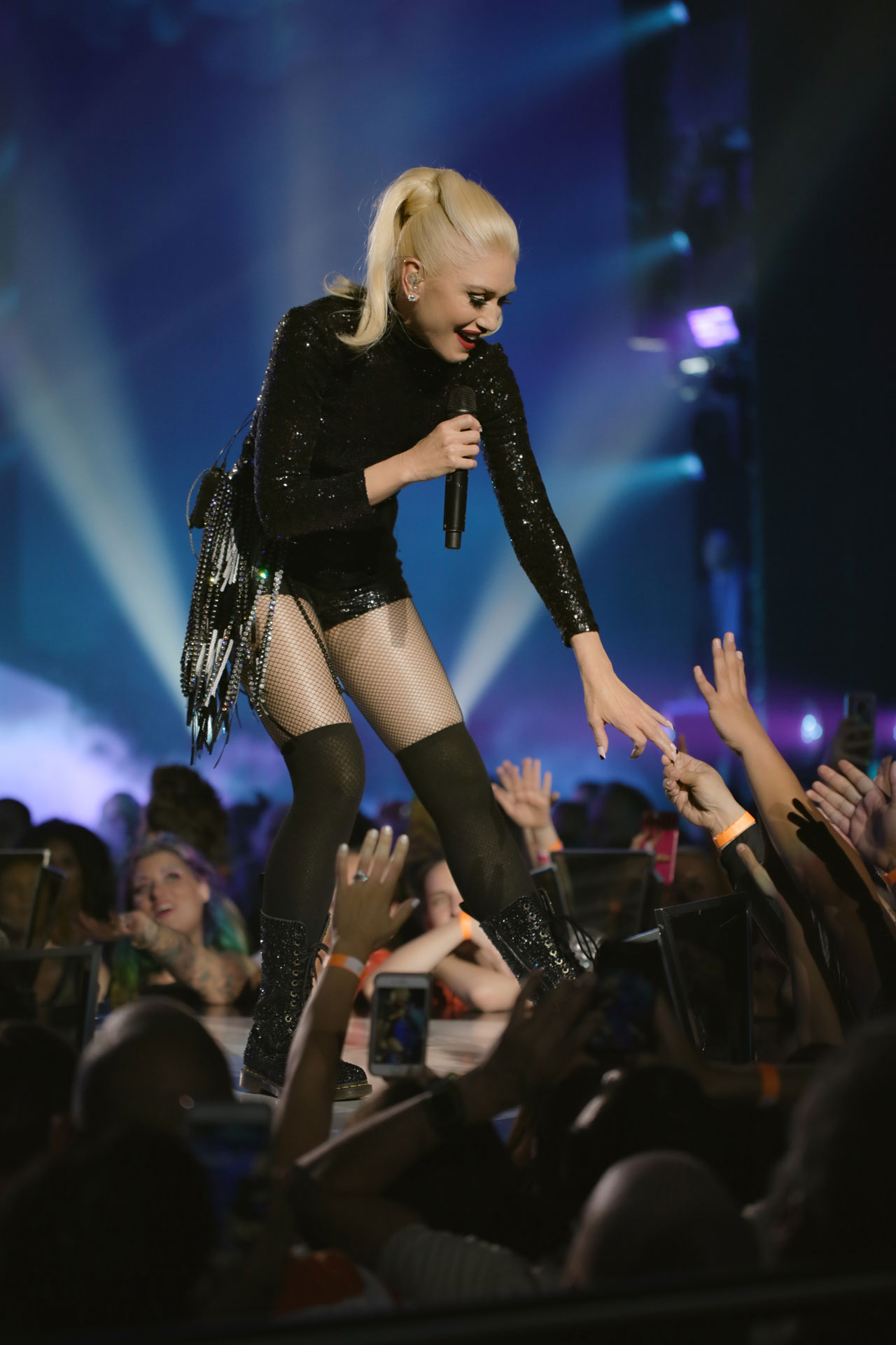 Gwen Stefani Just A Girl Vegas Planet Hollywood Concert Photo 3